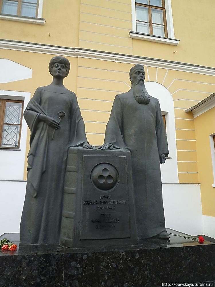 Авторы -С.Манцеров, В.Куз