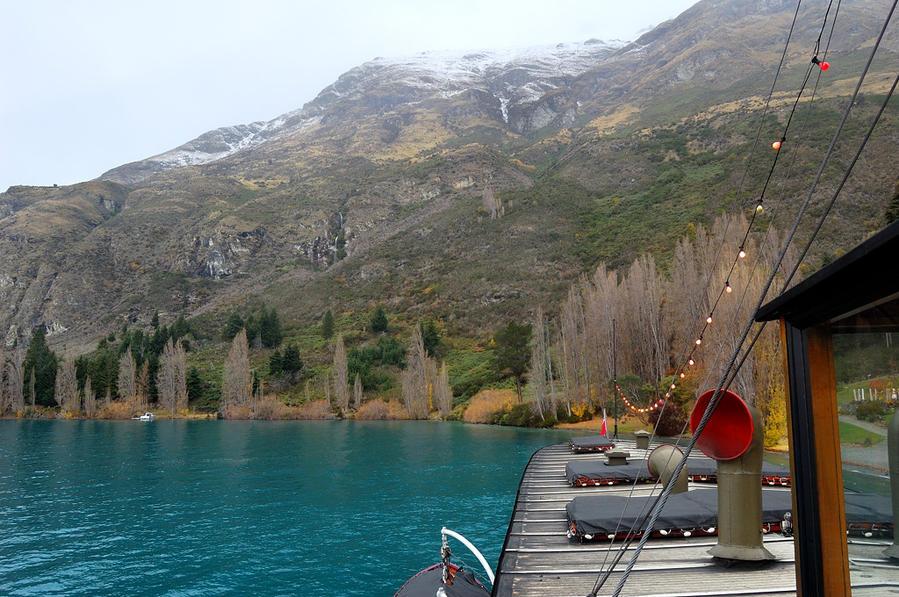 Озеро и горы Квинстаун, Новая Зеландия
