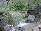 Сегодня, по дну ущелья, вдоль реки проходит экологическая тропа. При входе в ущелье понадобится приобрести входной билет стоимостью 20 грн.