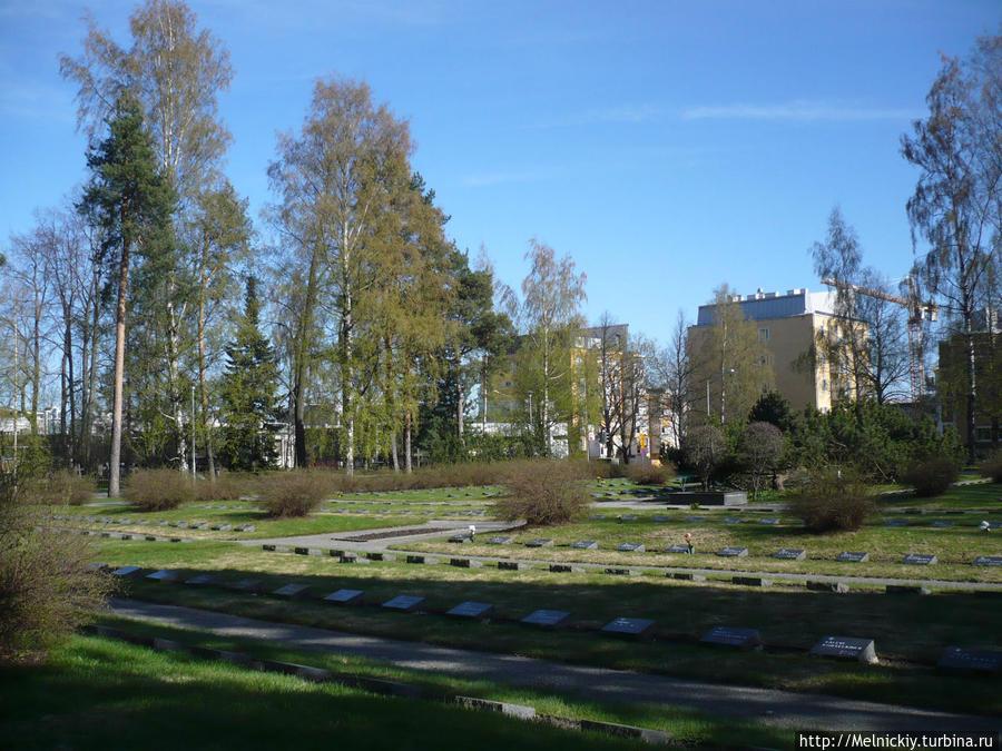 Военное мемориальное кладбище Куопио, Финляндия