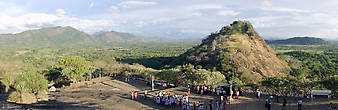 Тем, кто планирует поездку на Шри-Ланку, советую обязательно посетить это место. Оно того стоит