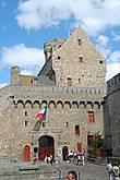 Вход в музей в замке Сен-Мало.