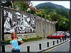 Причиной создания «Герники» Пикассо стала бомбардировка города страны басков — Герники.