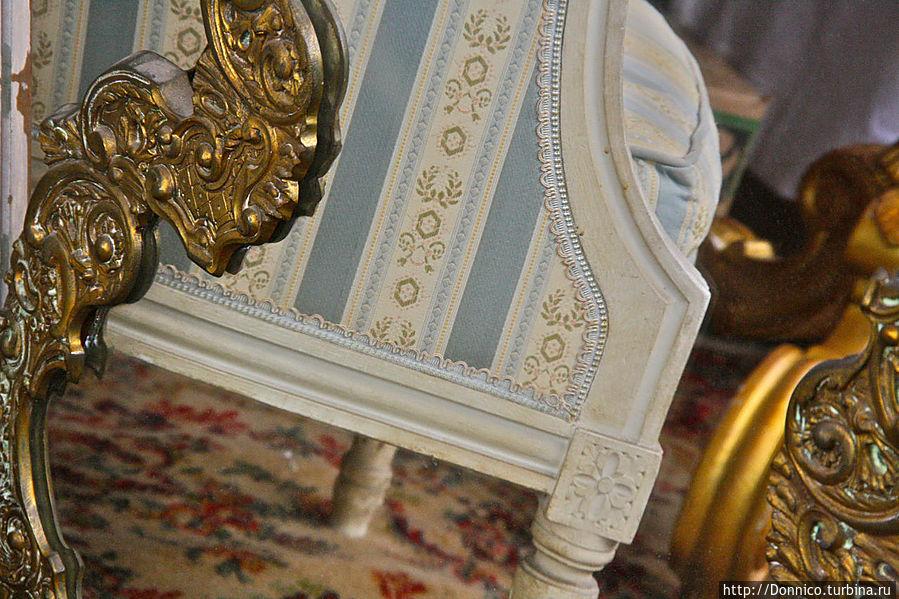 готовое кресло для дворца Путина