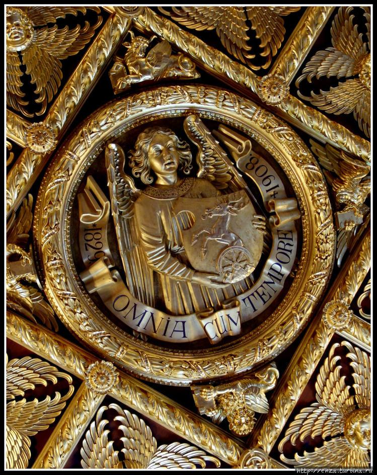 Потолок Золотого зала коп