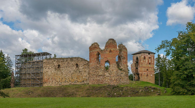 Замок Вастселийна. Википе