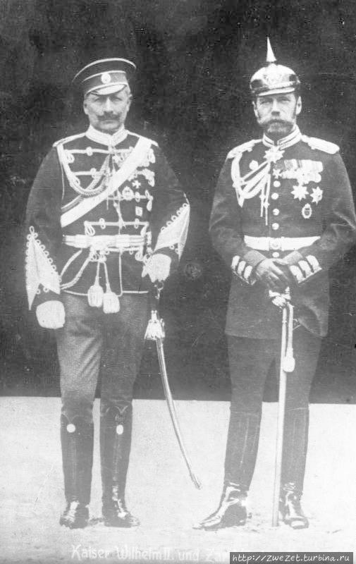 Два императора в 1905 г не смогли договориться и, спустя 9 лет вступили в войну друг с другом. Фото из интернета. Красный Остров, Россия