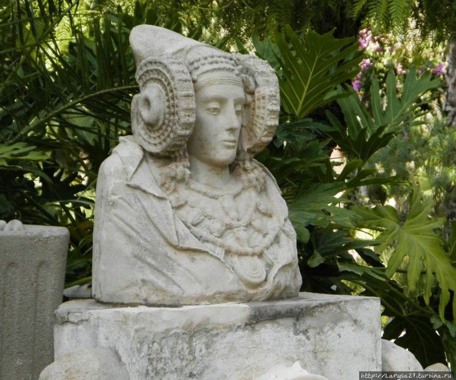 Дама из Эльче — копия скульптуры IV в. до н. э.