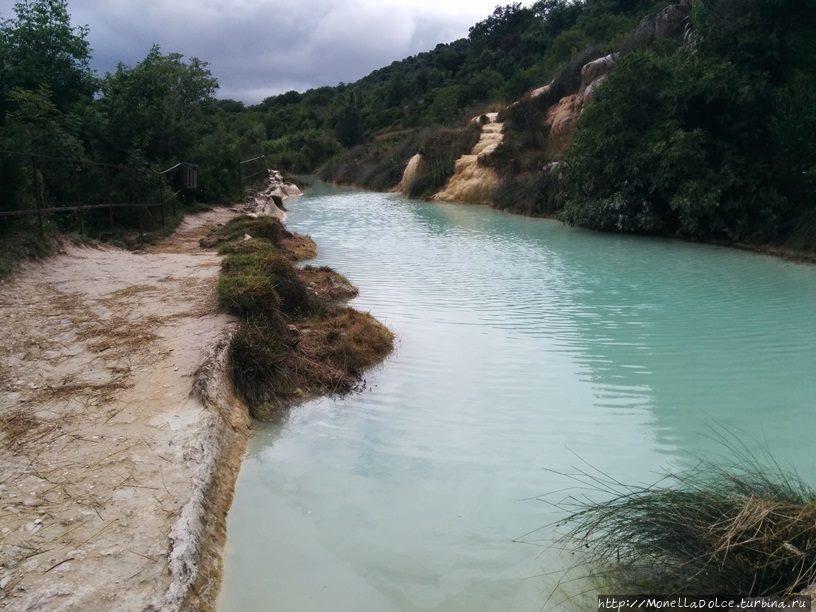 Термальный природный бассейн bagno vignoni. Термальный природный