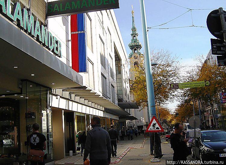 В Вене установлен предупреждающий знак: