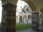 Внутренний дворик Епископского дворца
