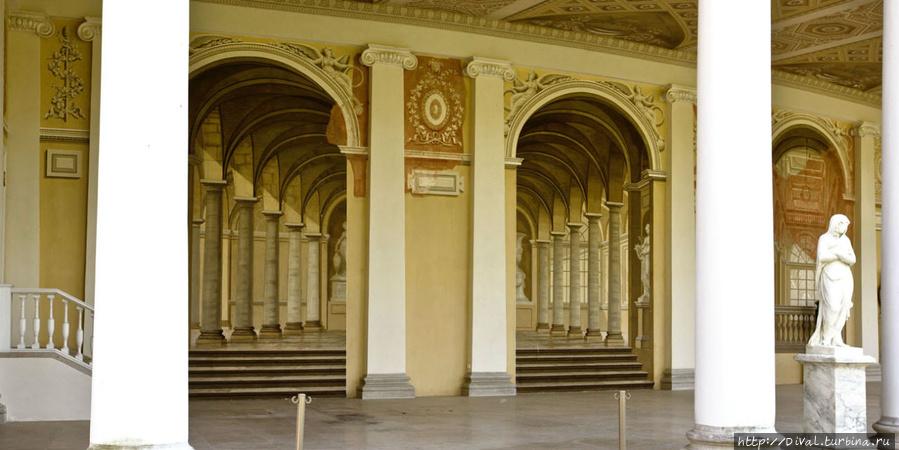 Вокруг Павловского дворца, часть 1-я Павловск, Россия