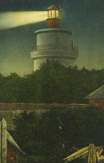 Маяк на открытке 1910-го