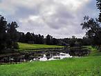 С каждым поворотом реки возникают все новые картины величавых панорам и лирических пейзажей.