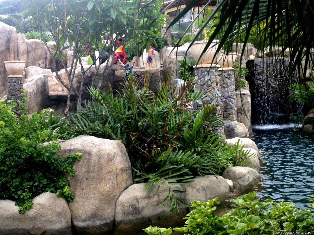 Ландшафтный аквапарк отеля