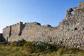 Еще немного побродив вдоль старинных, полуразрушенных стен, я отправился дальше, пообещав себе еще когда-нибудь, также проезжая мимо этого интереснейшего городка, познакомиться с ним более основательно.