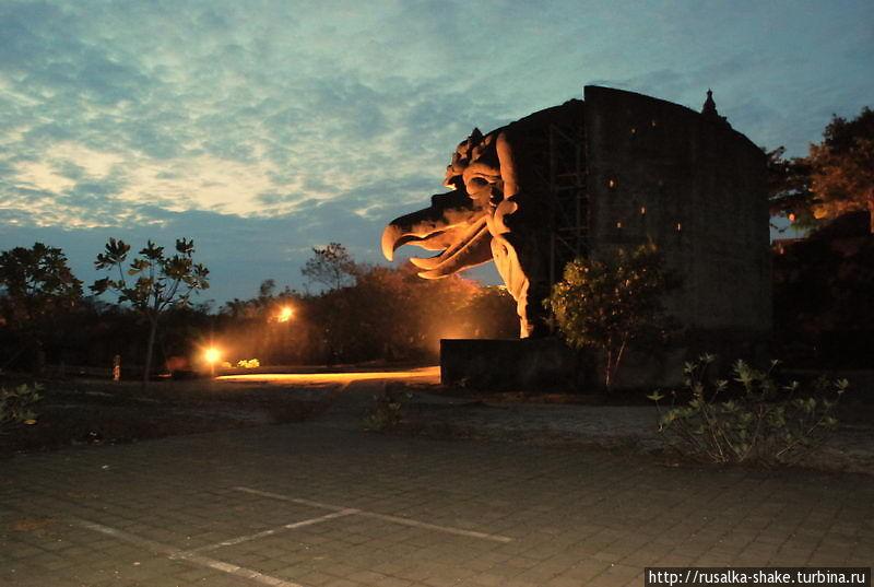 Парк Культуры Гаруда Вишну Кечана Унгасан, Индонезия