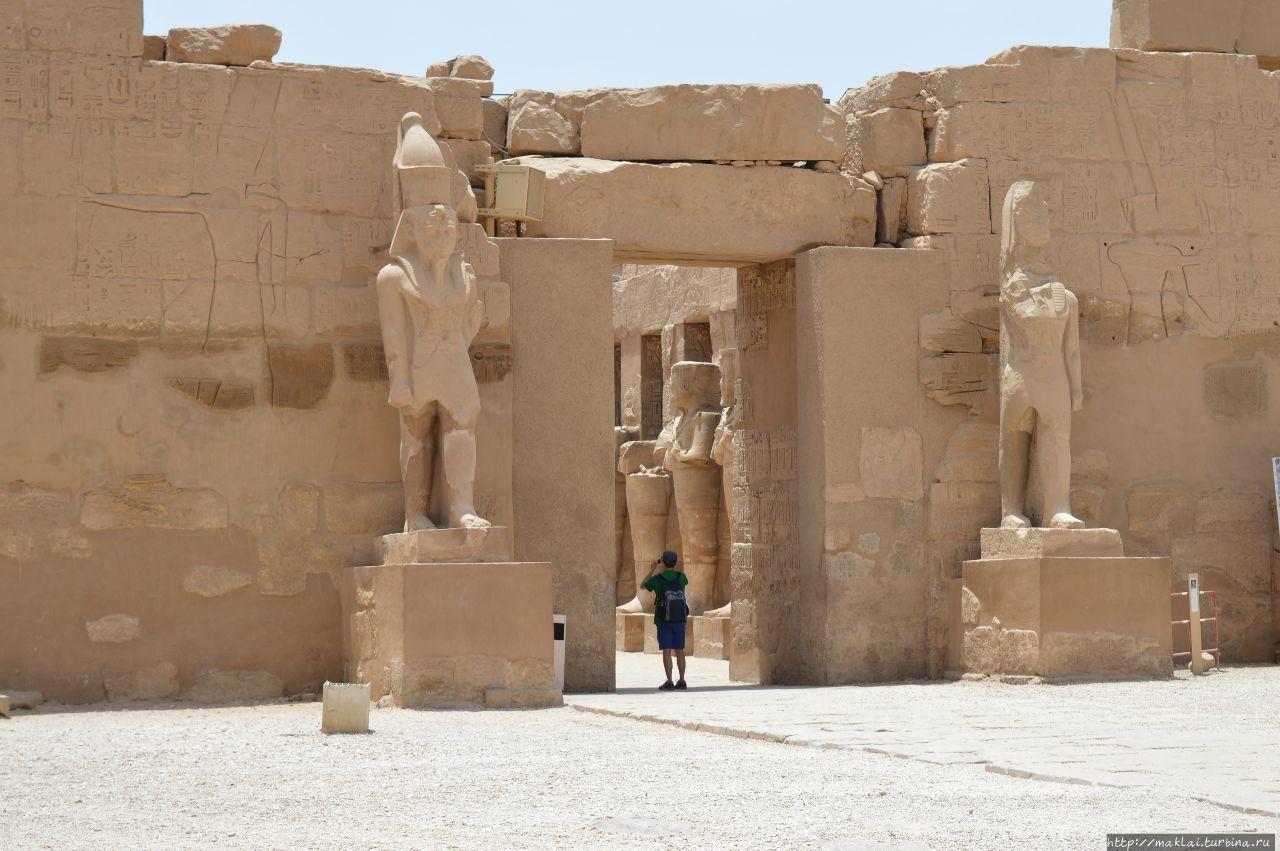 Храм Рамсеса III Луксор, Египет