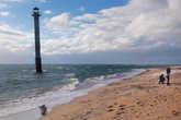 Падающий маяк в 2012-м году