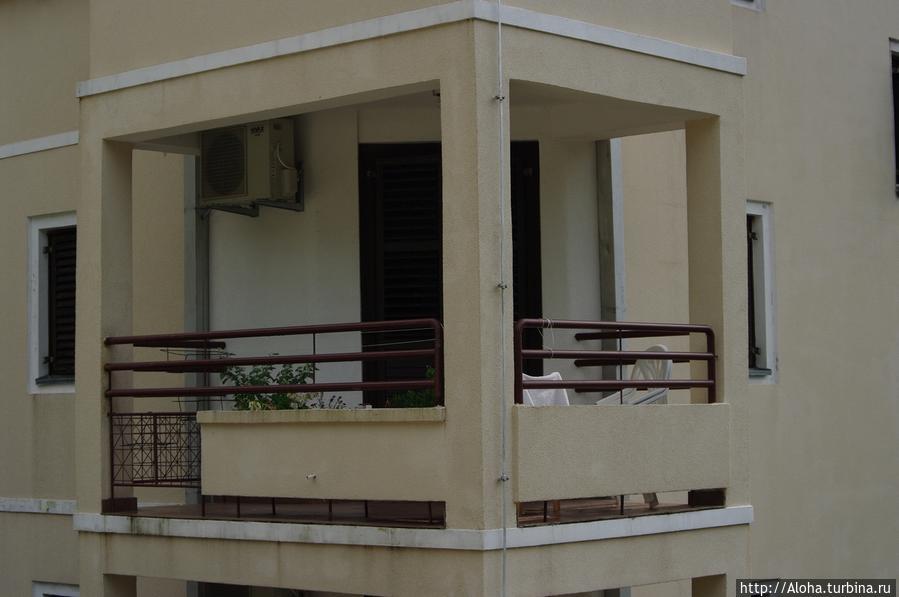Угловой балкон.