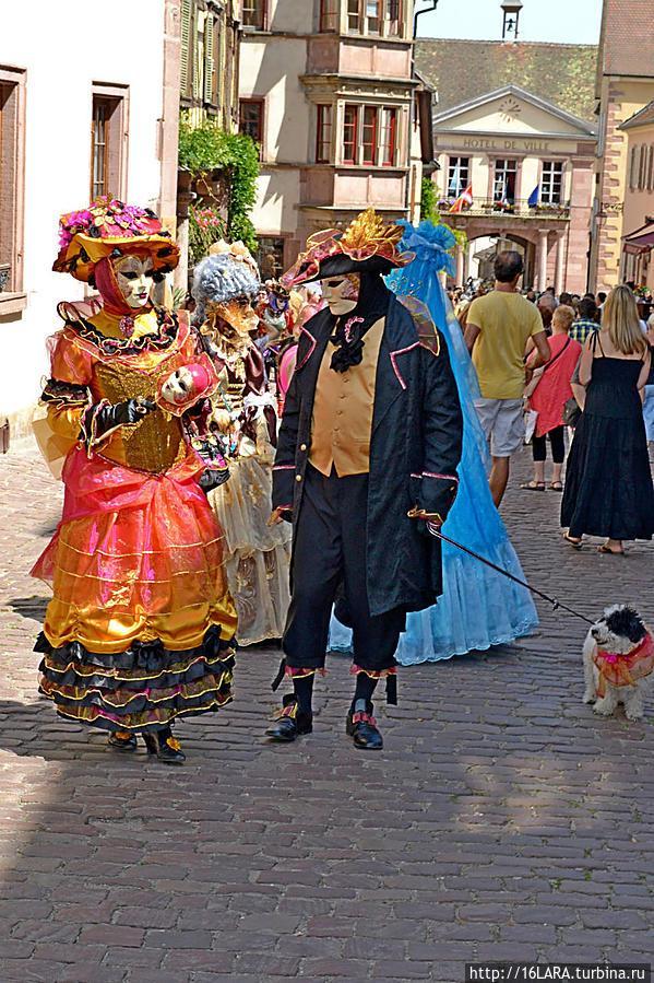 Веницианский карнавал? И не в Венеции? Рикевир, Франция