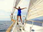 На бушприте яхты можно представить себя героиней