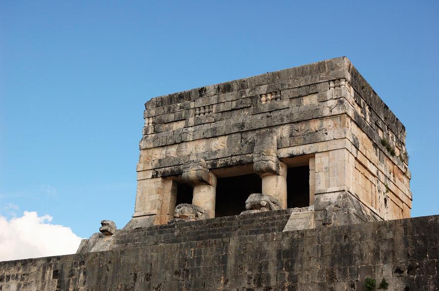 Постройки майя Чичен-Ица город майя, Мексика