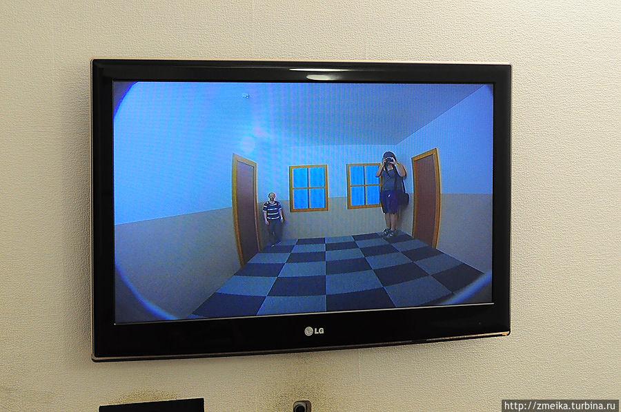 Ещё одна хитрая комната с иллюзией размера