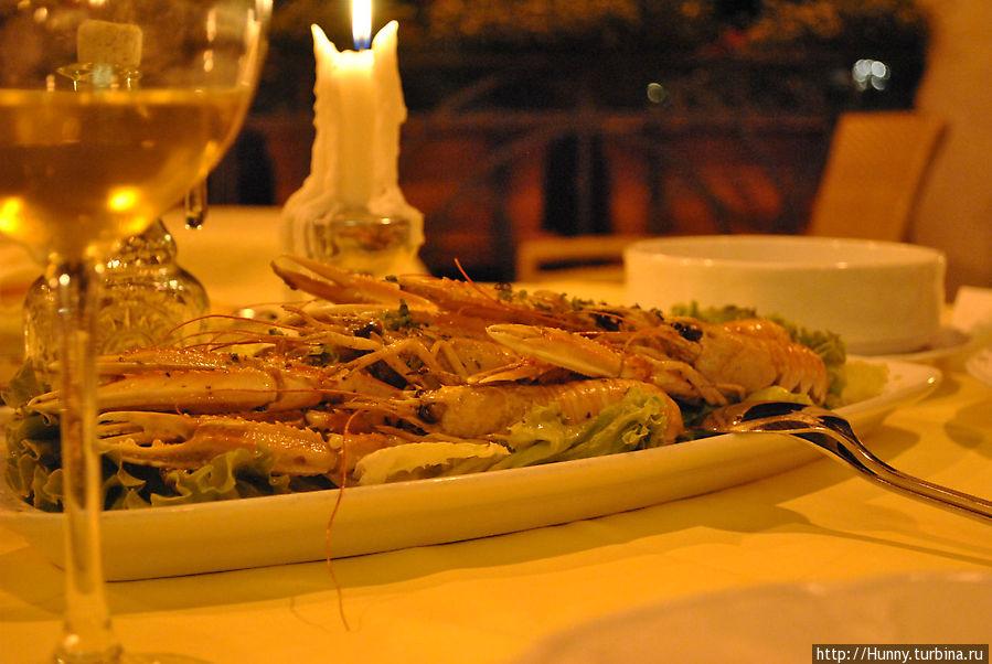 Креветки в ресторане отеля Милени