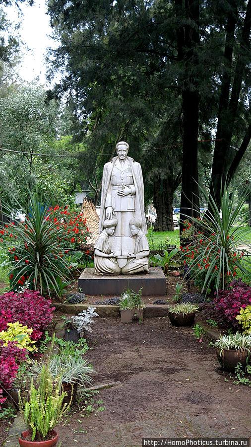 Памятник Хайле Селассие Аддис-Абеба, Эфиопия