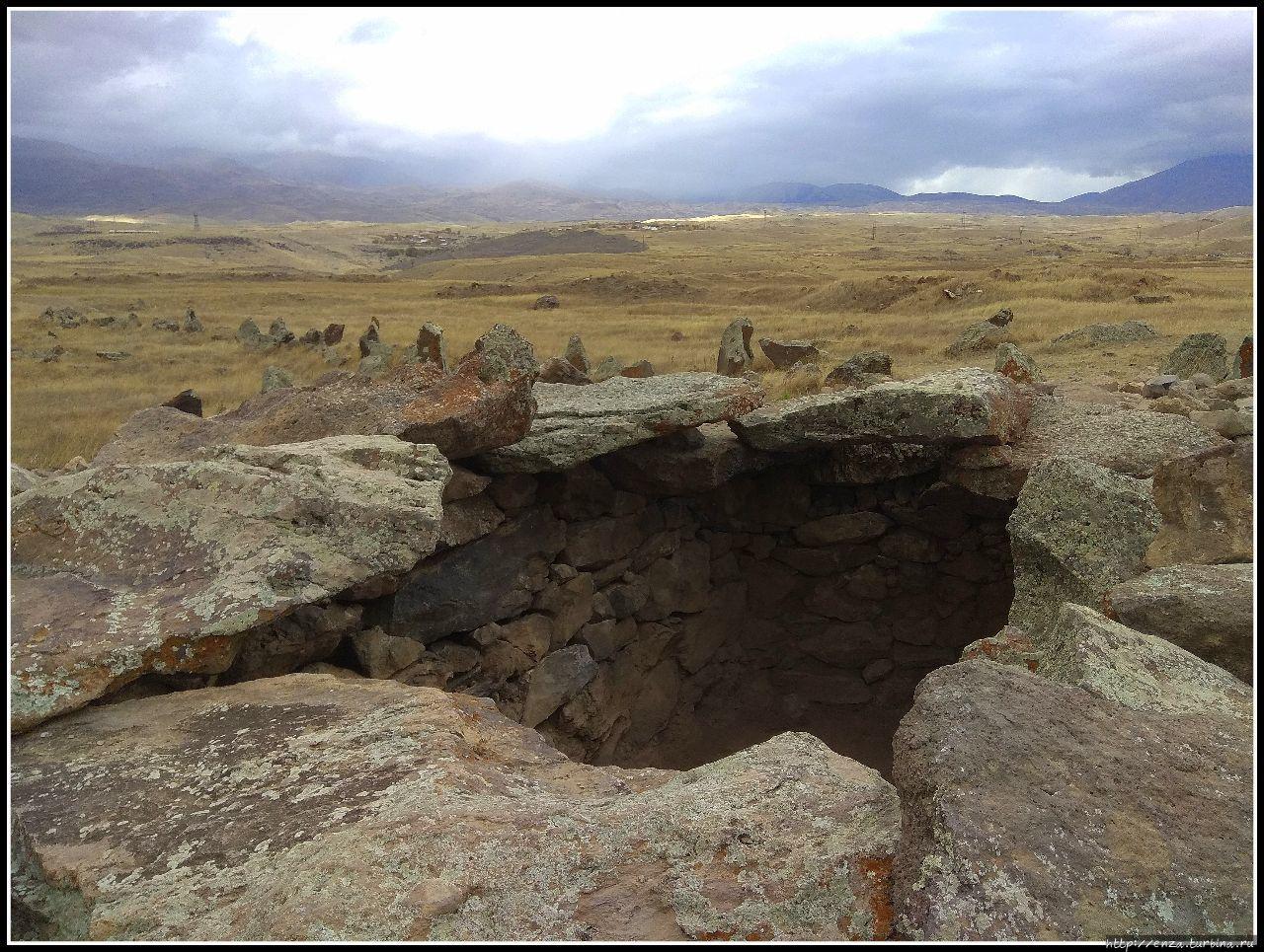 Зорац-Карер. Каменное войско смотрит в небо Караундж, Армения