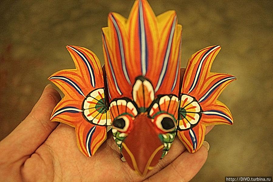 Гурулу Ракша-маска птицы гурулу, защищает от огня