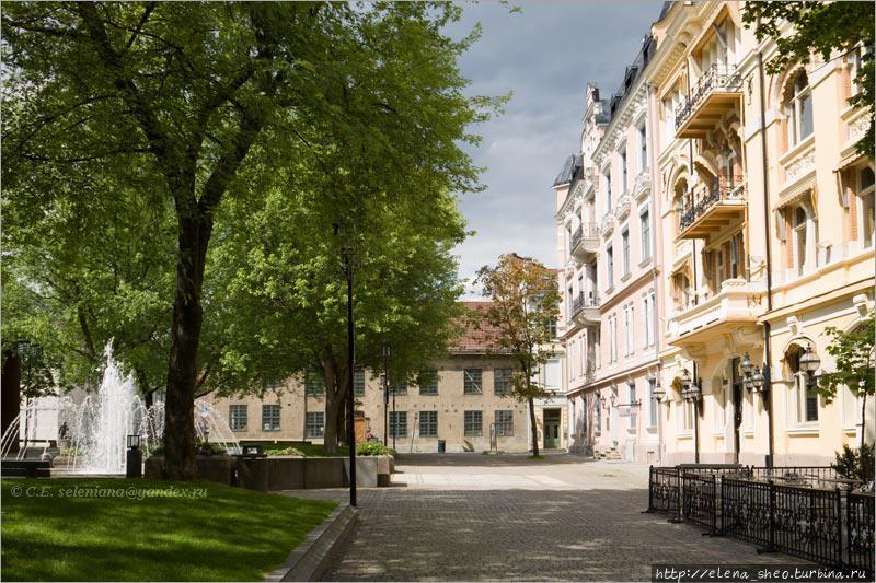 10. Уютная Банковская площадь (Bankplassen), ещё одно примечательное место Квадратуры.