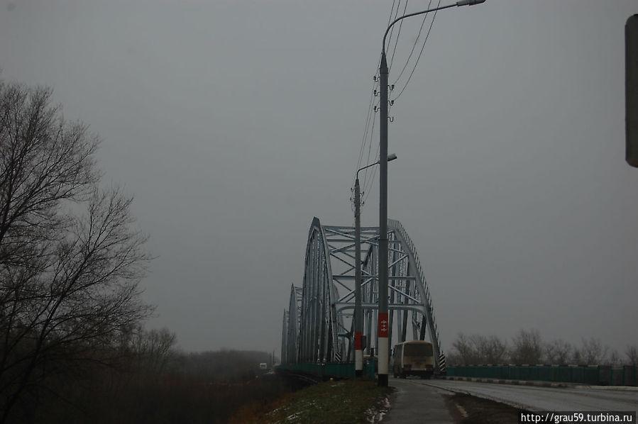 Старый автомобильный мост