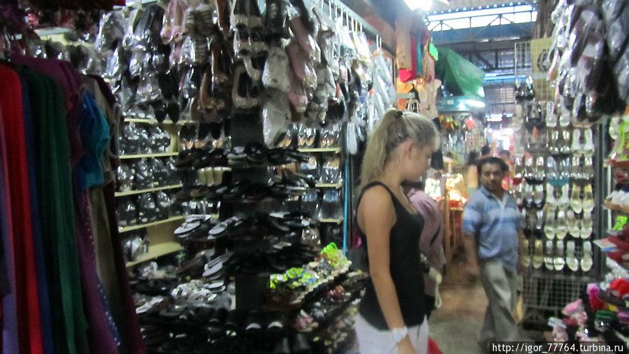 Промышленный рынок Сиануквиль, Камбоджа