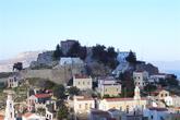 Церкви в Хорио возле бывшей крепости (фото из греческого Интернета)