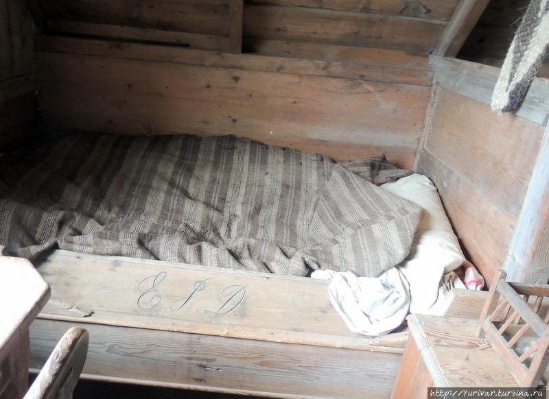 Кровати какие-то маленькие и неудобные