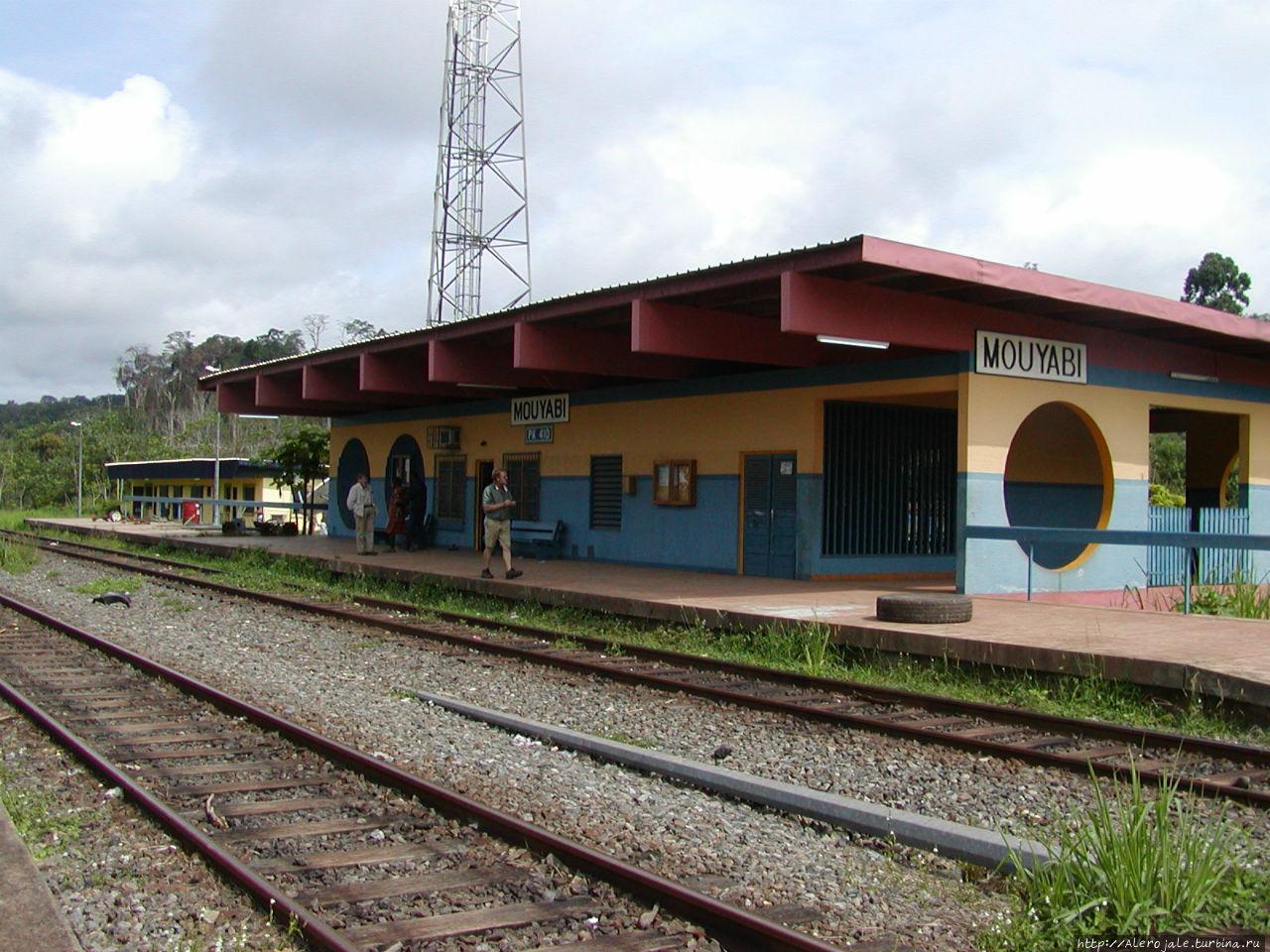 Уникальная железная дорога Франсвиль, Габон