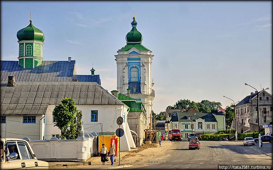 Центральная улица Кременца Кременец, Украина