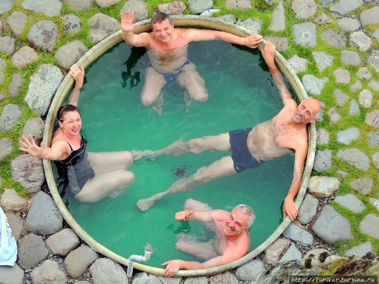 Горячие ванны у поселка Х