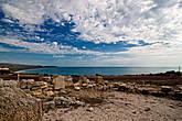 ...а потом поворачиваешь голову, видишь море и понимаешь, что древние греки вот точно так же любовались им, точно с этого места, на котором ты стоишь сейчас. Удивителен наш мир!