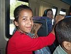 Люблю снимать детские лица, в них никакой наигранности, позы- чистое любопытство. Это мы уезжаем в автобусе из Газиантепа.