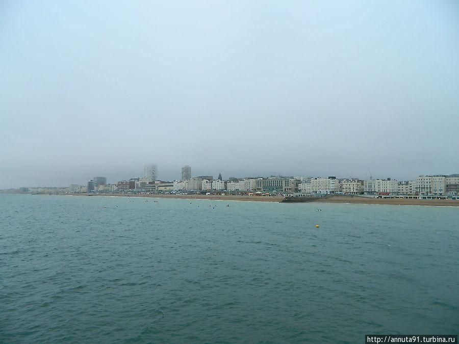 Вид на берег с пирса