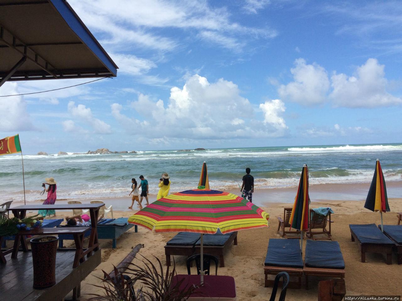 Пляж у кафе СМАК