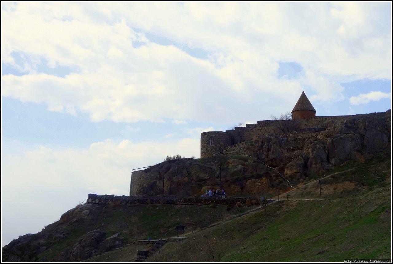 Армения. День 4. Хор Вирап – монастырь над темницей