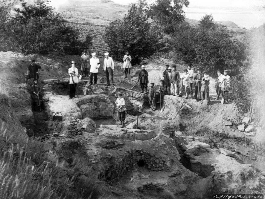 Раскопки на Увекском горо