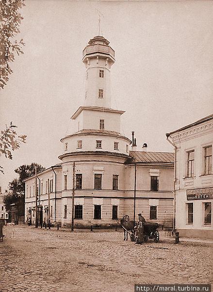 Рыбинская каланча, построенная в 1843 году по проекту  архитектора П.Я. Панькова