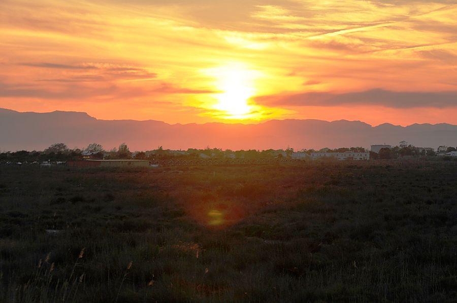 Закат в Дельтебре