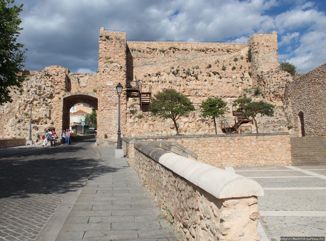 Руины замка Castillo de C