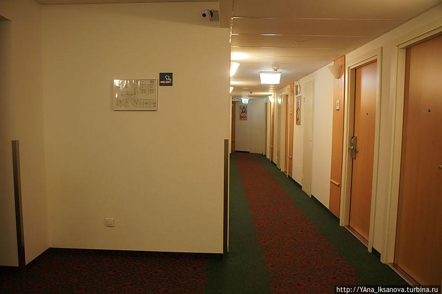 Холл гостиницы